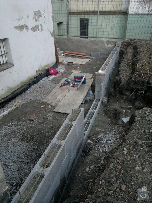 Rekonstrukce dvoru vnitrobloku.: 001_2_