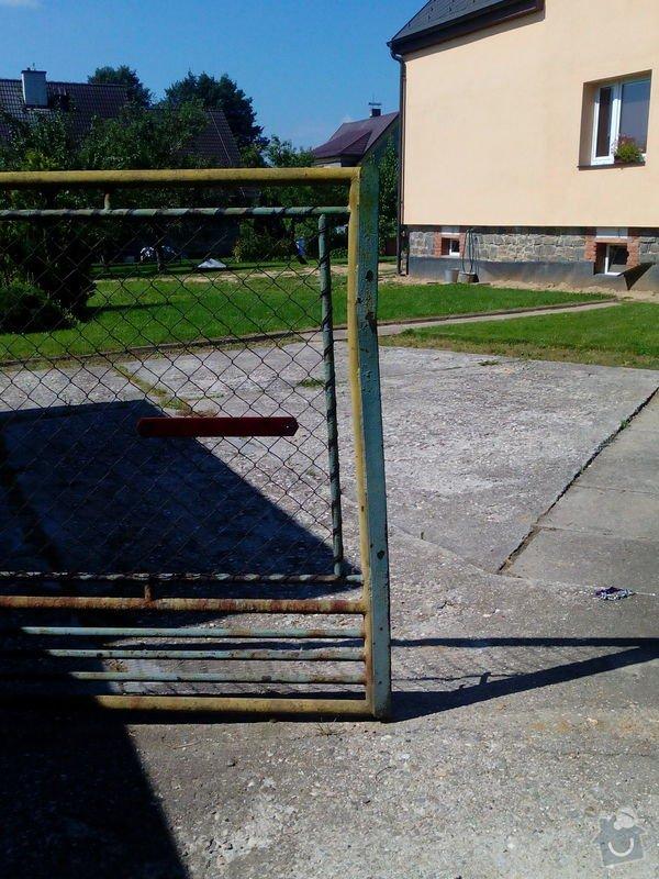 Opravu vrat: Branka_302