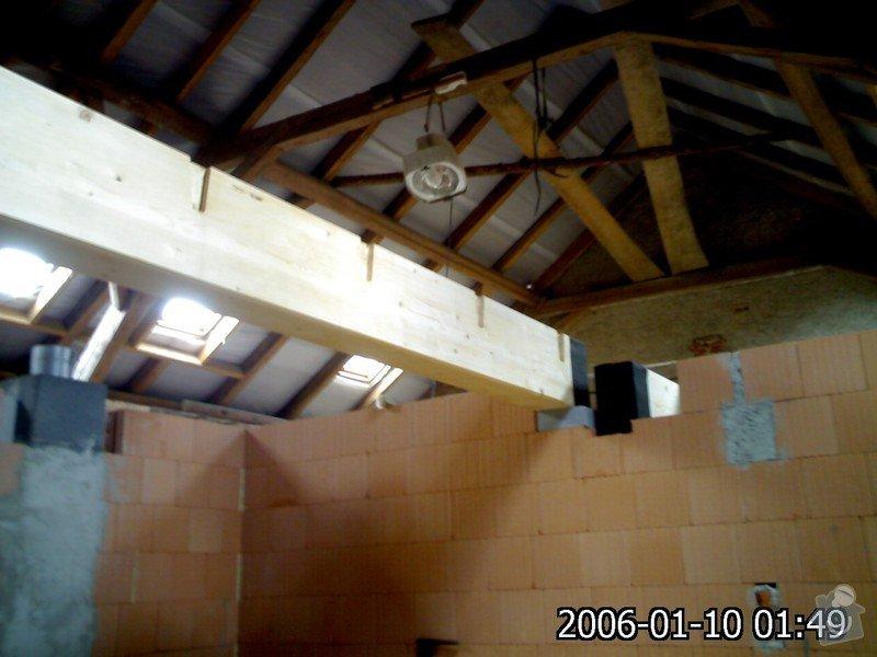 Dřevěná stropní konstrukce: FOTKY_PDA_028