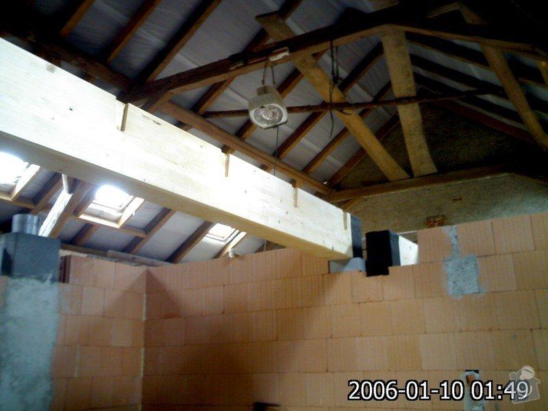 Dřevěná stropní konstrukce: FOTKY_PDA_029