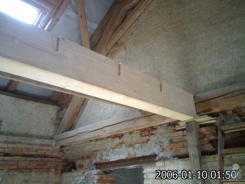 Dřevěná stropní konstrukce: FOTKY_PDA_030
