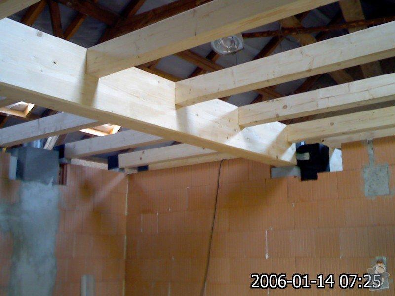 Dřevěná stropní konstrukce: FOTKY_PDA_049