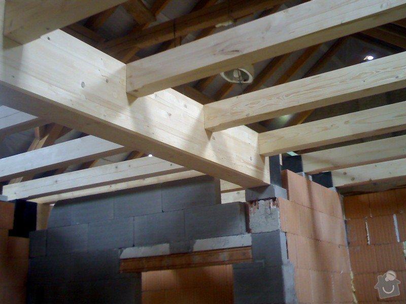 Dřevěná stropní konstrukce: FOTKY_PDA_057