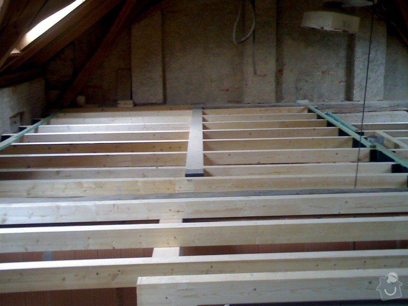 Dřevěná stropní konstrukce: FOTKY_PDA_058