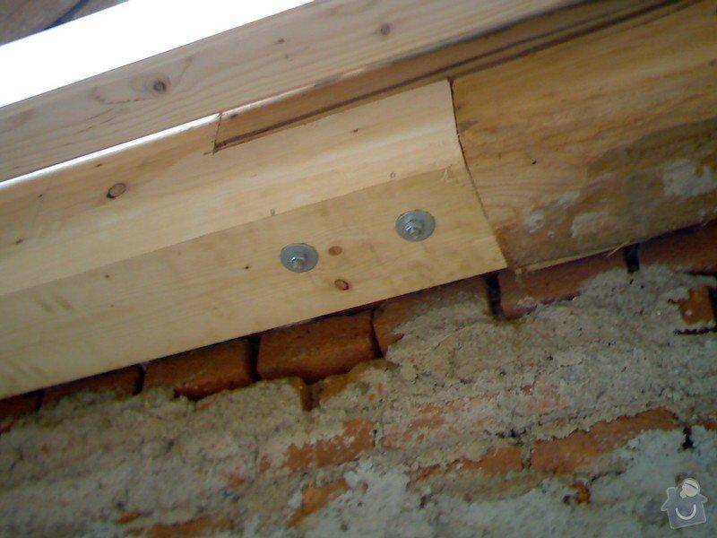 Dřevěná stropní konstrukce: FOTKY_PDA_060