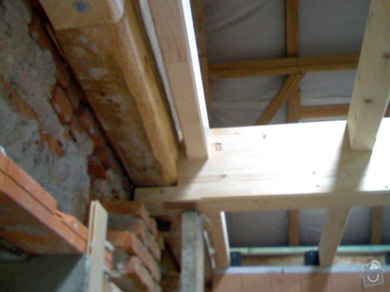 Dřevěná stropní konstrukce: FOTKY_PDA_063