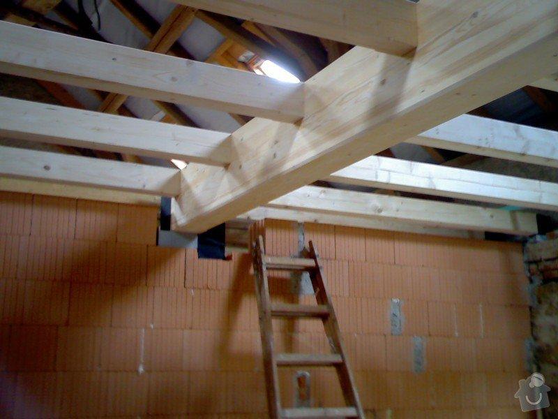 Dřevěná stropní konstrukce: FOTKY_PDA_064