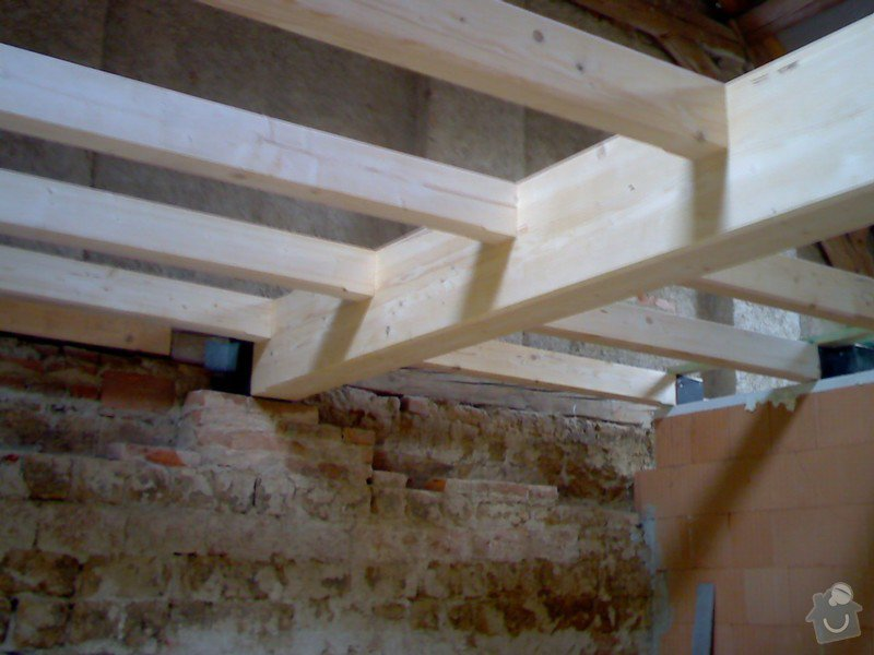 Dřevěná stropní konstrukce: FOTKY_PDA_065