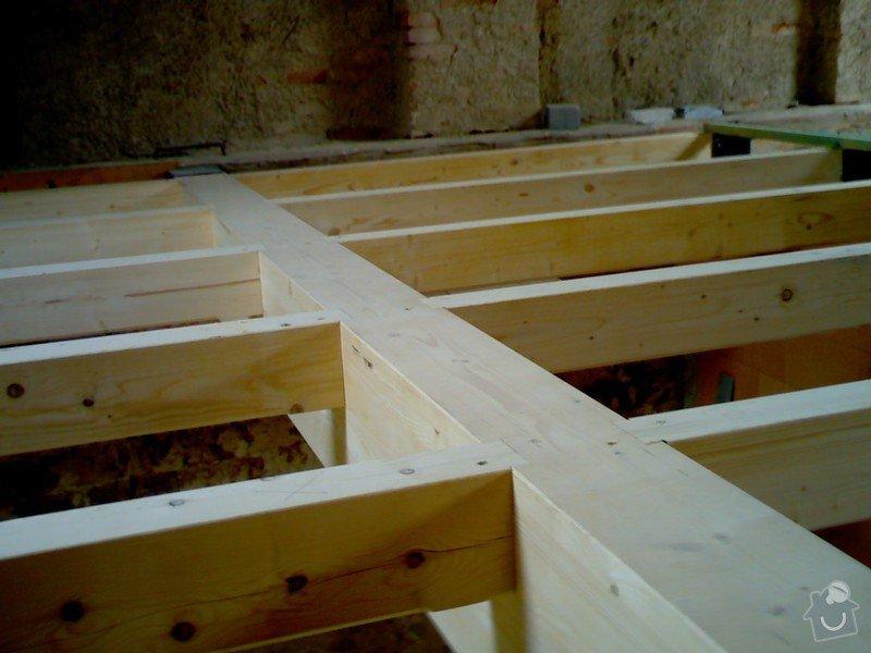Dřevěná stropní konstrukce: FOTKY_PDA_067