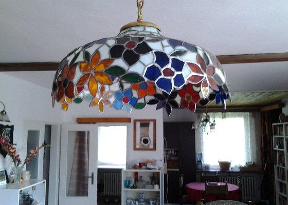 Oprava vitrážového lustru