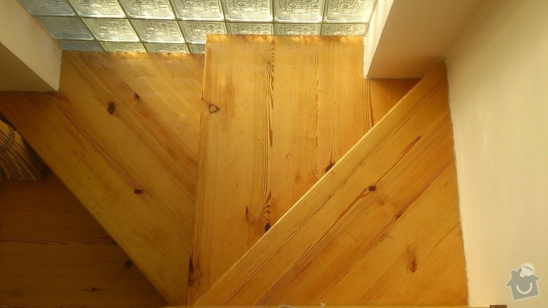 Rekonstrukce dřevěného schodiště: DSC_1148