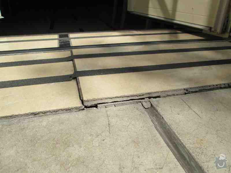 Drobné opravy terasy: IMG_1183
