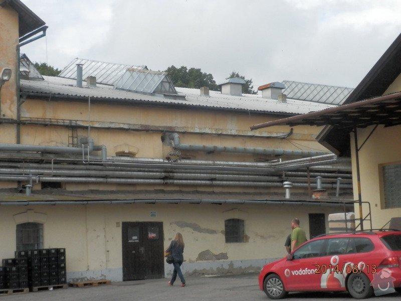 Oprava střechy lahvovny v pivovaru Vyškov: P8133180