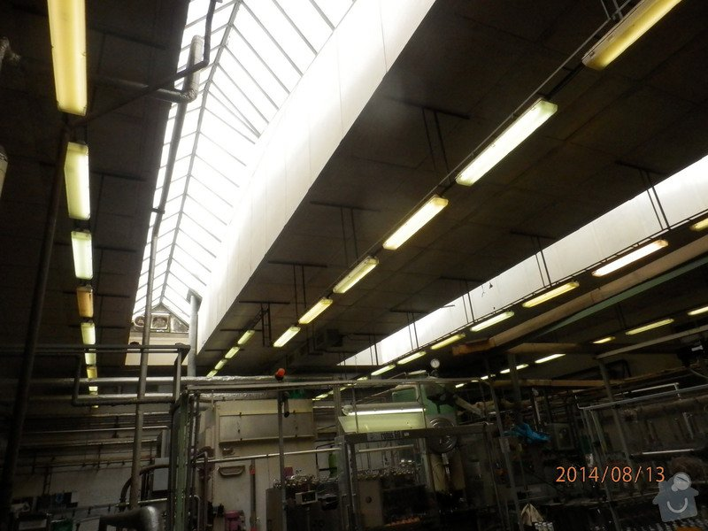 Oprava střechy lahvovny v pivovaru Vyškov: P8133190
