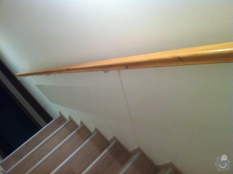 Výměna 2 madel u schodiště: IMG_2652
