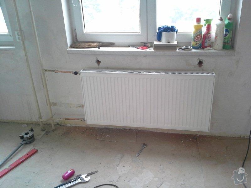 Výměna 4 radiátorů, úprava umístění plyn. kohoutu v kuchyni: 20140812_112829