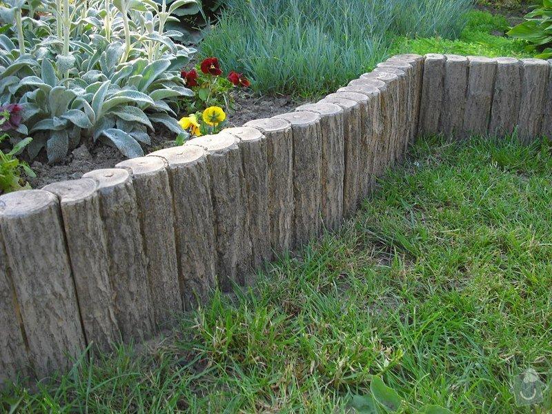 Realizace zahrady se stavebními prvky: _vyr_69palisada-imitace-dreva-zahon