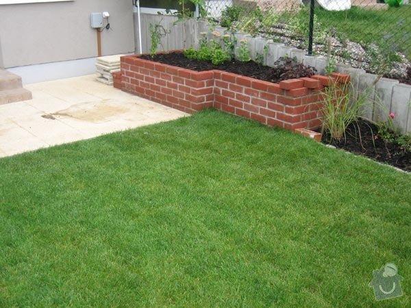 Realizace zahrady se stavebními prvky: zidka