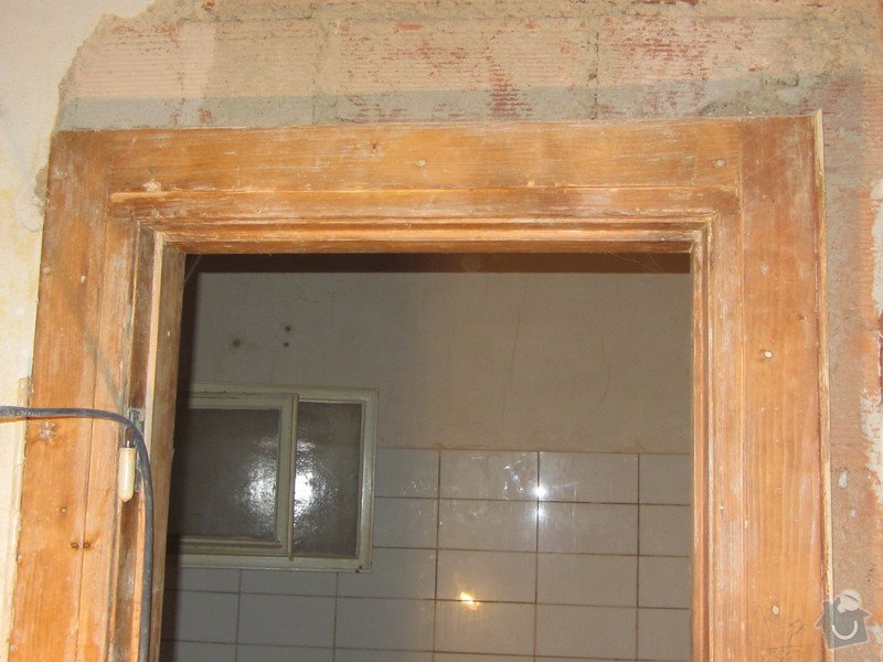Zhotovení dřevěných dveří a zárubní: IMG_2519