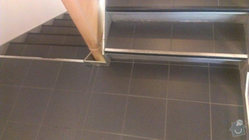 Schody - oprava - položení nové dlažby a lišt: IMAG0797