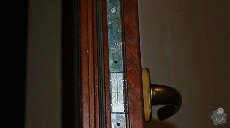 Dřevěné euro okno : kovani_1