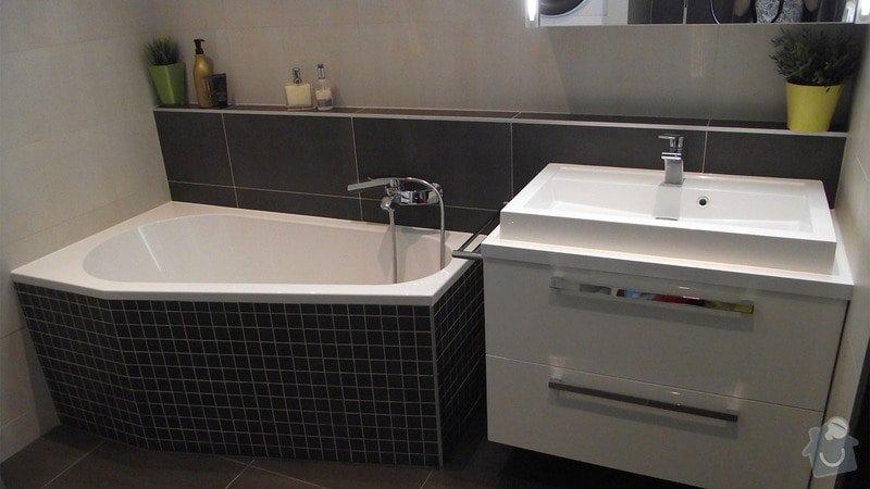 Hnědo béžová moderní koupelna, bílá kuchyně a obývací pokoj do hněda: karasova_big_01