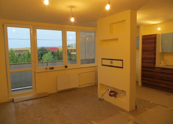 Rekonstrukce bytu 3+1 v panelovém domě, 74m2 - nabídky možné i po jednotlivých řemeslech.