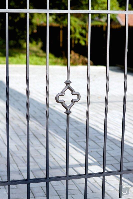 Bezúdržbový plot pro rodinný dům: IMG_0049