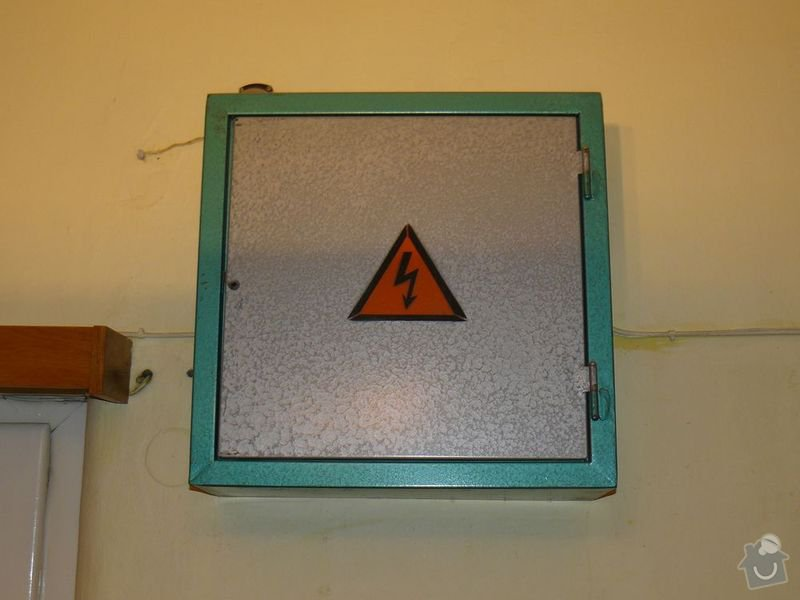 Kontrola eletrorozvodů, výměna jističů a skříně: elektro1