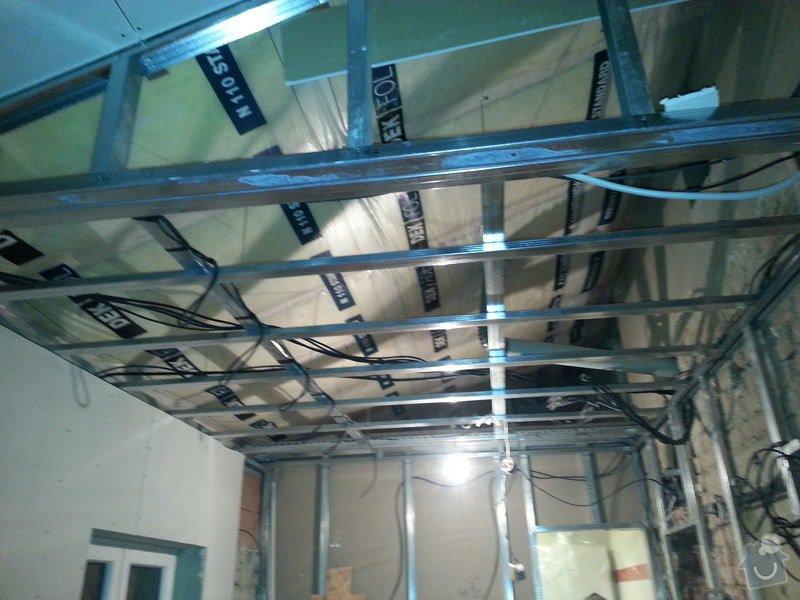 Vytvoření stěn a stropů v kuchyni a koupelně: 20131102_175934