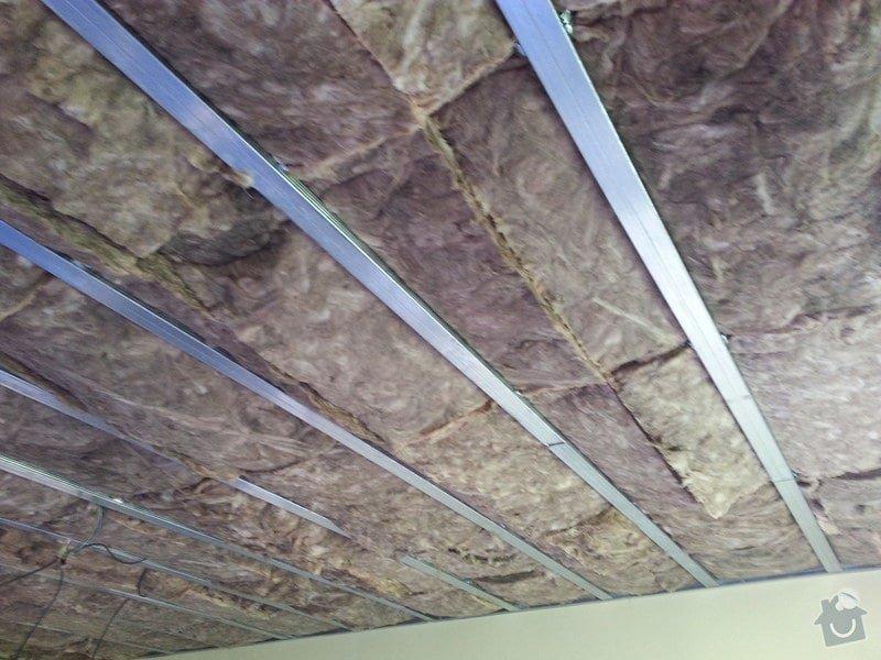 Odhlučnění stropu v obývacím pokoji: 20140505_133705