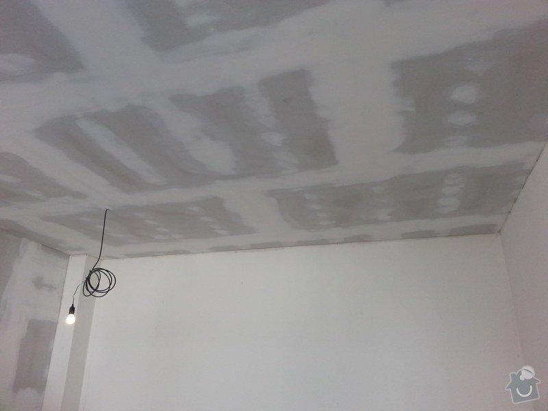 Podhledy s izolací, stěny a elektro: 20140719_105027