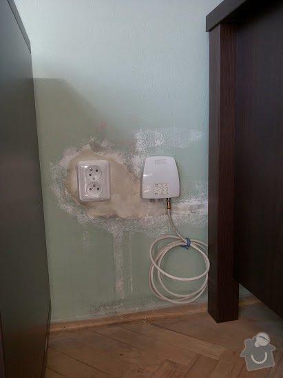 Elektroinstalace 2/2 části bytu + zednické začištění: 20140825_160105