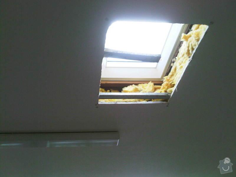 Sádrokarton do stropu na 3 střešní okna : IMG00314-20140728-1127