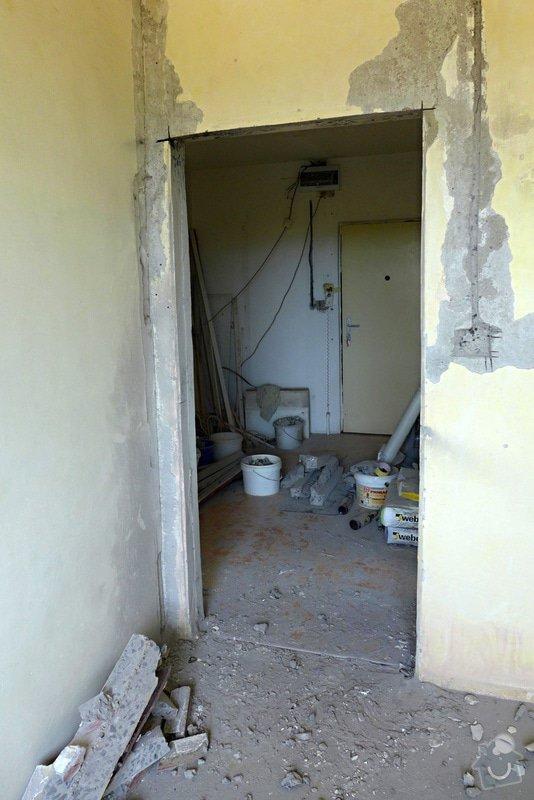 Výřez 2 ks zárubní / úprava stavebního otvoru v panelu pro nové dveře.: Dvere_detsky_pokoj_after