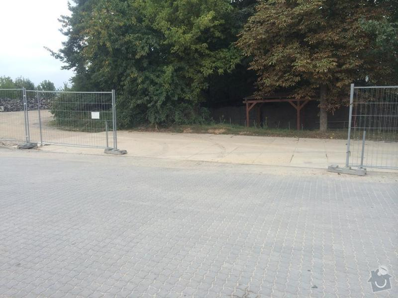 Průmyslový plot s bránou: smetal_oploceni_3