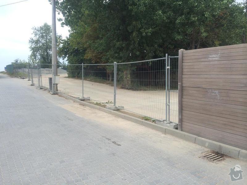 Průmyslový plot s bránou: smetal_oploceni_2