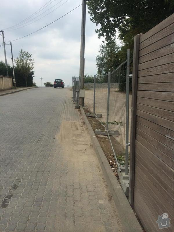 Průmyslový plot s bránou: smetal_oploceni_1