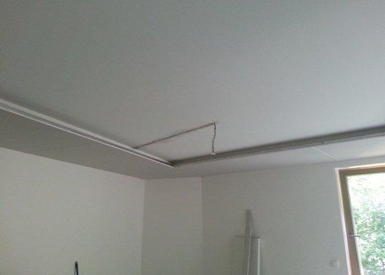 SDK podhled do místnosti 37m2