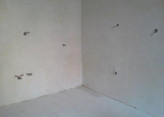 Vymena podlah, kompletni priprava rozvodu pro kuchyni, malovani