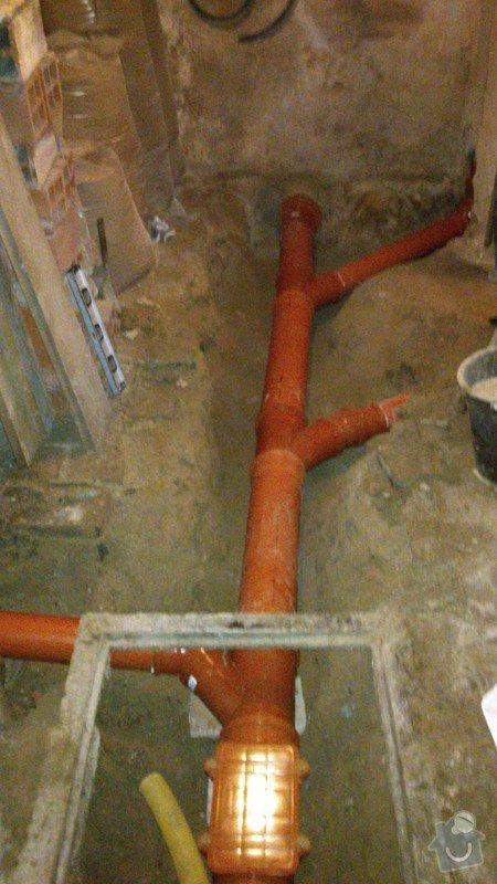 Oprava kanalizace ve sklepě RD: DSC_0109