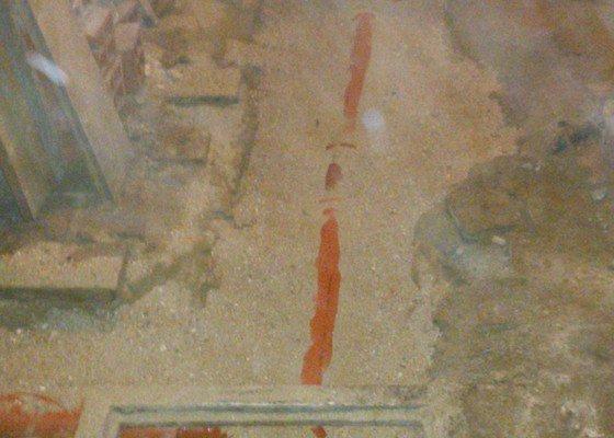 Oprava kanalizace ve sklepě RD