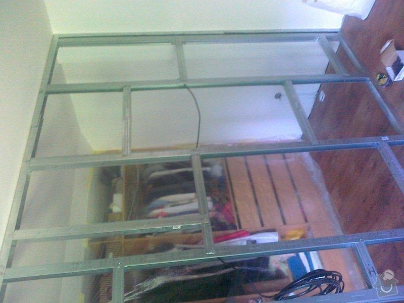 Zhotoveni sadrokartonove pricky s posuvnymi dvermi: 250820141579