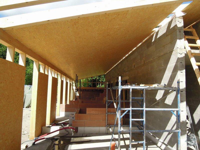 Dodávka a montáž dřevěné konstrukce a krovu rodinného domu : 7