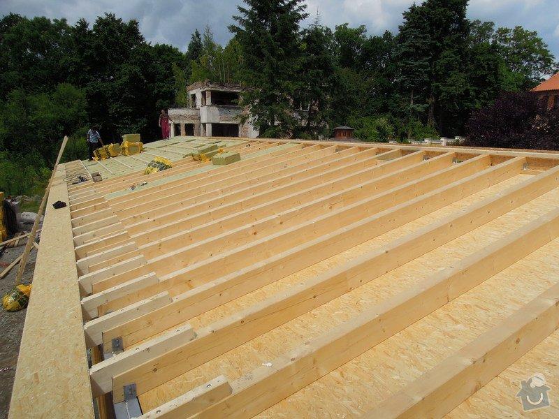 Dodávka a montáž dřevěné konstrukce a krovu rodinného domu : 9