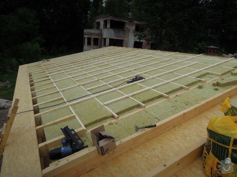 Dodávka a montáž dřevěné konstrukce a krovu rodinného domu : 11