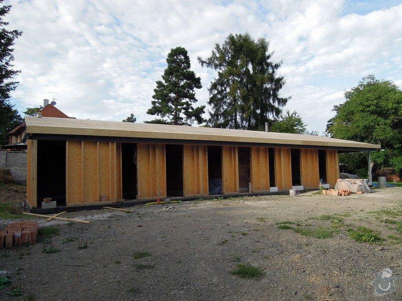 Dodávka a montáž dřevěné konstrukce a krovu rodinného domu : 15