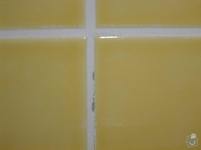 Obložení záchodu: DSC00323