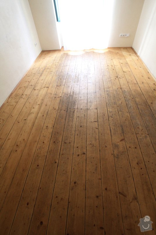 Renovace bytu Vršovice 3.-12.září: obyvaci_pokoj_podlaha