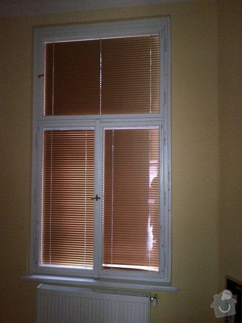 Renovace nátěru špaletových oken a dveří: Okno_dvur